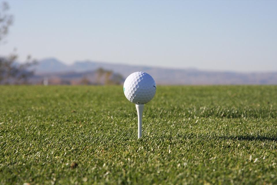 Den perfekte kombination? – Spil golf, skab netværk og nyd mad og vin på samme tur